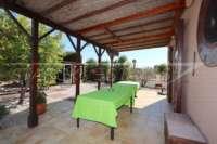 Somptueuse « Finca » entre palmiers et orangeraies à Ondara - Terrasse couverte
