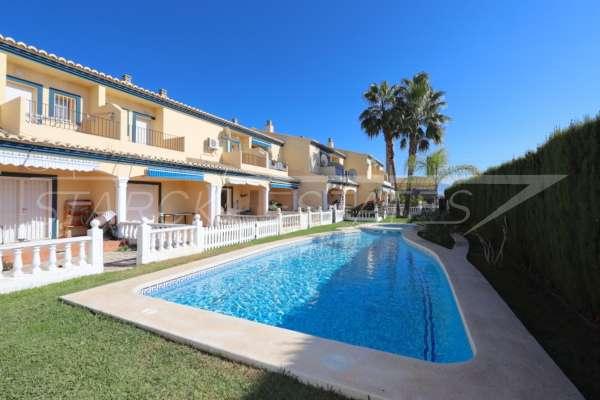 Maison mitoyenne de 3 chambres avec climatisation et piscine communautaire à Els Poblets, 03779 Els Poblets (Espagne), Maison mitoyenne