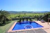 Finca de lujo soleada y privada con fantásticas vistas en Benidoleig - Piscina con vistas
