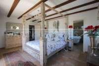 Finca de lujo soleada y privada con fantásticas vistas en Benidoleig - Habitación principal