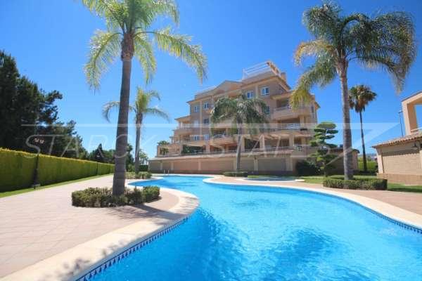 Comme neuf, appartement de luxe avec parking souterrain sur le parcours de golf Oliva Nova, 46780 Oliva Nova (Espagne), Appartement avec terrasse