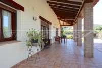 Spanische Finca mit Gästehaus in Benidoleig - Überdachte Naya