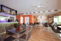 Top opportunité – Restaurant avec appartement privé dans un emplacement central de Denia - Restaurant à Denia