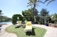 Villa mediterránea en una parcela privada con fantásticas vistas en Monte Pego - Terraza de la piscina