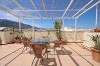 Superbe penthouse avec de grandes terrasses et des vues fantastiques sur le château de Denia - Terrasse couverte