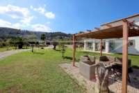 Neuwertige und moderne Finca im mediterranen Stil in Benidoleig - Traumhafter Blick