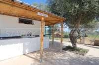 Neuwertige und moderne Finca im mediterranen Stil in Benidoleig - Sommerküche
