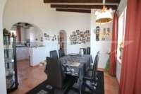 Gepflegte 2 SZ Villa in bester Panoramalage am Monte Pego - Esszimmer