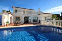Moderne Villa auf privatem Grundstück mit Panoramablick am Monte Pego - Villa Monte Pego