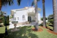 Private Luxusvilla in bester Lage von Denia mit atemberaubendem Panoramablick - Palmen