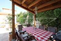 Neuwertige Villa in Pedreguer mit diversen Extras und herrlichem Panoramablick - Überdachte Terrasse