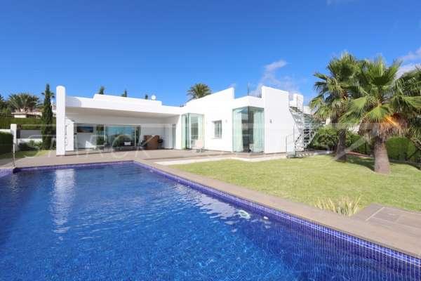Moderne Luxusvilla mit Meerblick in Denia, 03749 Dénia (Spanien), Villa