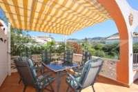 Jolie villa de 3 chambres sur un terrain plat avec une belle exposition au sud sur Monte Pego - Terrasse avec vue