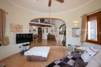 Jolie villa de 3 chambres sur un terrain plat avec une belle exposition au sud sur Monte Pego - Salon / salle à manger