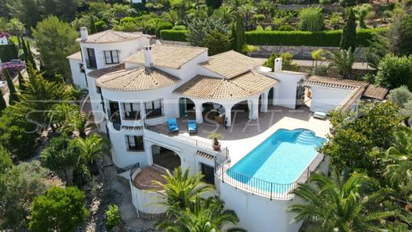 Villa de lujo mediterránea con vistas al mar en Monte Pego, 03769 Ráfol de Almunia (España), Villa