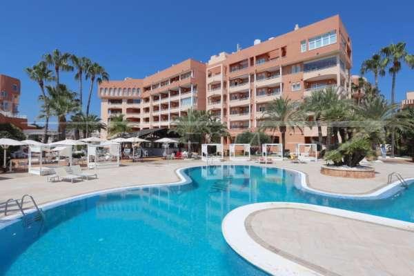 Appartement exclusif à l'hôtel Oliva Nova Beach & Golf Resort avec une superbe vue imprenable, 46780 Oliva Nova (Espagne), Appartement avec terrasse