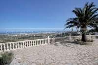 Elegante Villa in bester Wohnlage von Denia mit atemberaubendem Meerblick - Terrasse mit Meerblick
