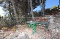 Chalet de bajo mantenimiento con apartamento de invitados y vistas al mar en Orba - Jardín de bajo mantenimiento