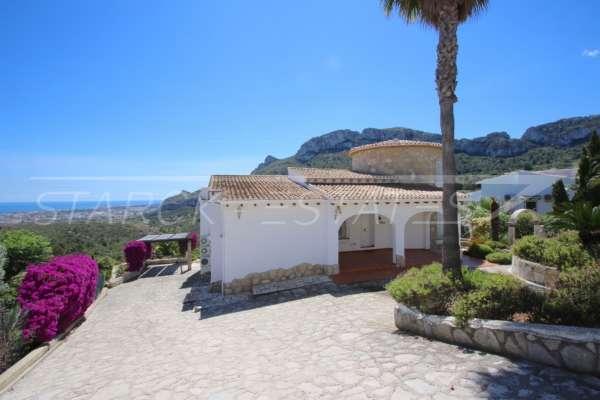 Klassische elegante Villa mit traumhaftem Panoramablick am Monte Pego, 03789 Dénia (Spanien), Villa