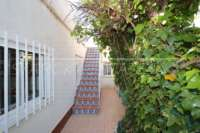 Confortable villa à Oliva Nova entre terrain de golf et dunes naturelles - Escalier
