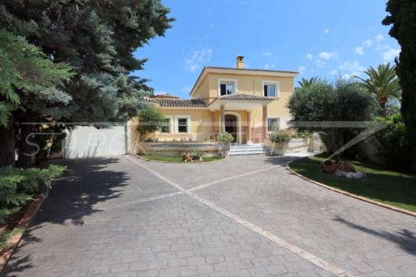 Villa de style méditerranéen avec piscine à Beniarbeig, 03778 Beniarbeig (Espagne), Villa