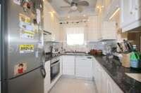 Chalet muy bien mantenido de 3 dormitorios en una parcela espaciosa en zona tranquila de Els Poblets - Cocina