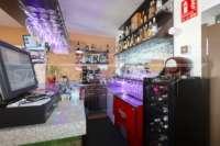 Oportunidad de negocio ideal - restaurante con apartamento privado en zona céntrica de Denia - Barra restaurante Denia