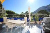 Espacioso chalet con un alto factor de bienestar y vistas impresionantes al Montgó en Denia - Zona de barbacoa