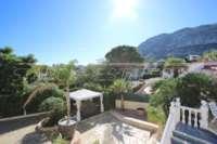 Espacioso chalet con un alto factor de bienestar y vistas impresionantes al Montgó en Denia - Zona de jacuzzi