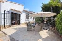 Villa de lujo mediterránea con vistas al mar en Monte Pego - terraza de desayuno