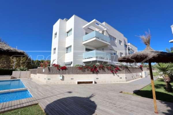 Neuwertiges Duplex Penthouse Apartment nur wenige Minuten zu Fuß von El Arenal in Javea, 03738 Jávea (Spanien), Penthousewohnung