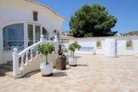 Chalet de lujo privado en zona privilegiada de Denia con impresionantes vistas panorámicas - Entrada terraza