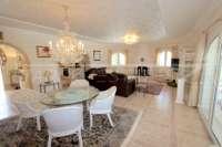 Chalet de lujo privado en zona privilegiada de Denia con impresionantes vistas panorámicas - Salón/ comedor