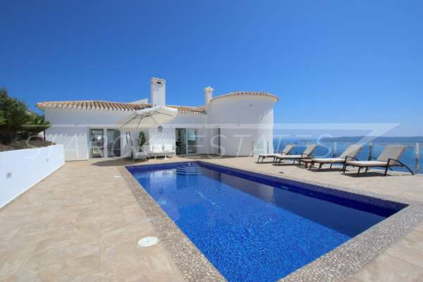 Modernismo espacioso con vistas panorámicas espectaculares en Javea, 03730 Jávea (España), Villa