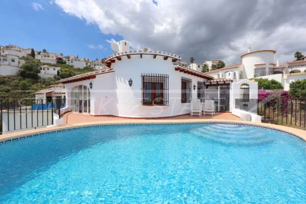 Villa con apartamento separado y vistas al mar en Monte Pego, 03780 Pego (España), Villa