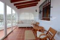 Villa con apartamento separado y vistas al mar en Monte Pego - Terraza acristalada