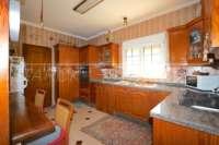 Großzügige Villa in ruhiger Lage mit herrlichem Blick nur 1 km von Denia Innenstadt - Küche