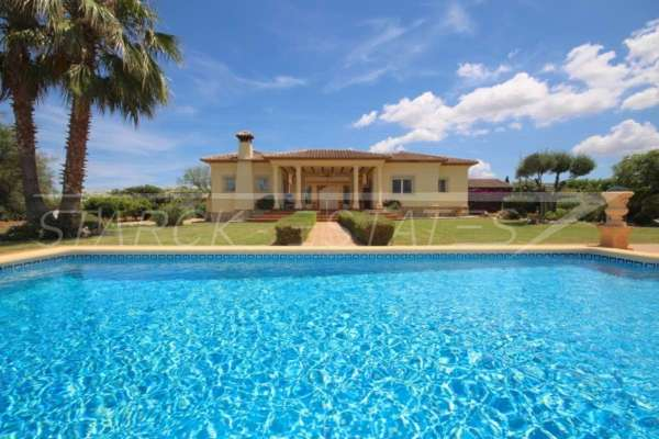 Paradiesisches Finca Anwesen in herrlicher Privatlage mit Blick in die Bergkette in Pedreguer, 03750 Pedreguer (Spanien), Finca