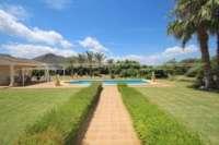 Paradiesisches Finca Anwesen in herrlicher Privatlage mit Blick in die Bergkette in Pedreguer - Blick in die Berge