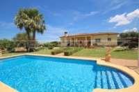 Paradiesisches Finca Anwesen in herrlicher Privatlage mit Blick in die Bergkette in Pedreguer - Haus in Pedreguer
