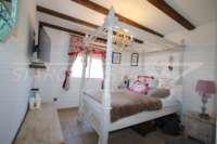 Finca de luxe ensoleillée avec des vues fantastiques sur les montagnes a Benidoleig - Chambre à coucher