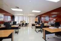 Locaux commerciaux ouverts idéales dans un emplacement central à Denia - Bureau