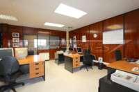 Locaux commerciaux ouverts idéales dans un emplacement central à Denia - Espace bureau