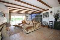 Finca de luxe ensoleillée avec des vues fantastiques sur les montagnes a Benidoleig - Salon
