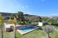 Aussi belle que neuve et moderne est cette finca de style méditerranéen à Benidoleig - Piscine