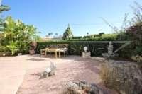 Villa de 3 chambres bien entretenue sur un grand terrain dans un endroit tranquille de Els Poblets - Terrasse