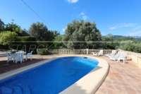 Bonita villa con piscina y vistas al valle de Orba - Piscina