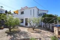 Bonita villa con piscina y vistas al valle de Orba - Casa en Orba