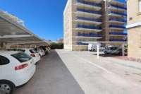 First Beach Line Apartment in gepflegter Urbanisation in Denia - Parkplatz