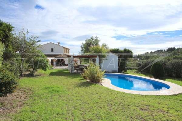 Großzügige Finca in idyllischer Privatlage mit herrlichem Blick auf den Peñon de Ifach in Benissa, 03710 Benissa (Spanien), Finca